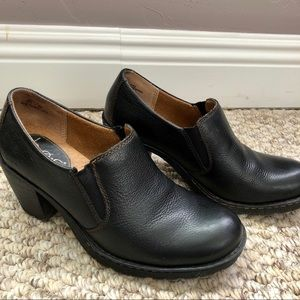 Born Concept BOC black leather ankle booties 7M